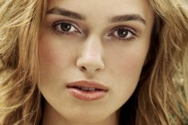 Can a Song Save Your Life? | atriz Keira Knightley substitui Scarlett Johansson no longa
