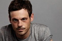 The Rover | Scott McNairy se junta a Robert Pattinson e Guy Pearce no elenco do thriller
