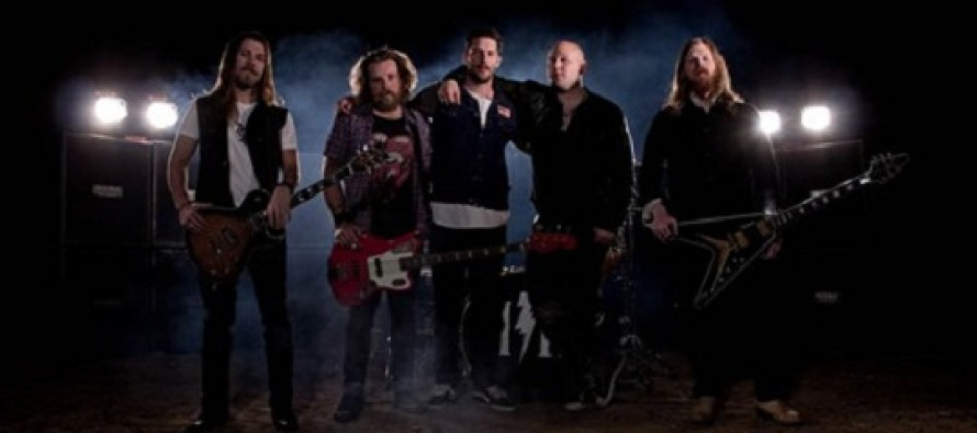 Videoclipe | Hell or Highwater – Gimme Love