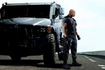 Velozes e Furiosos 6 | Dwayne Johnson 'The Rock' estampam cartaz inédito para o filme