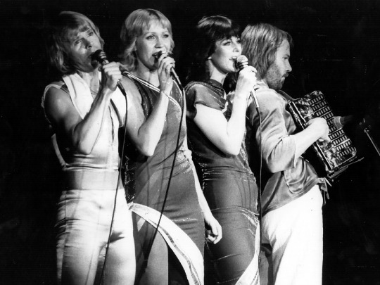 abba-black-and-white