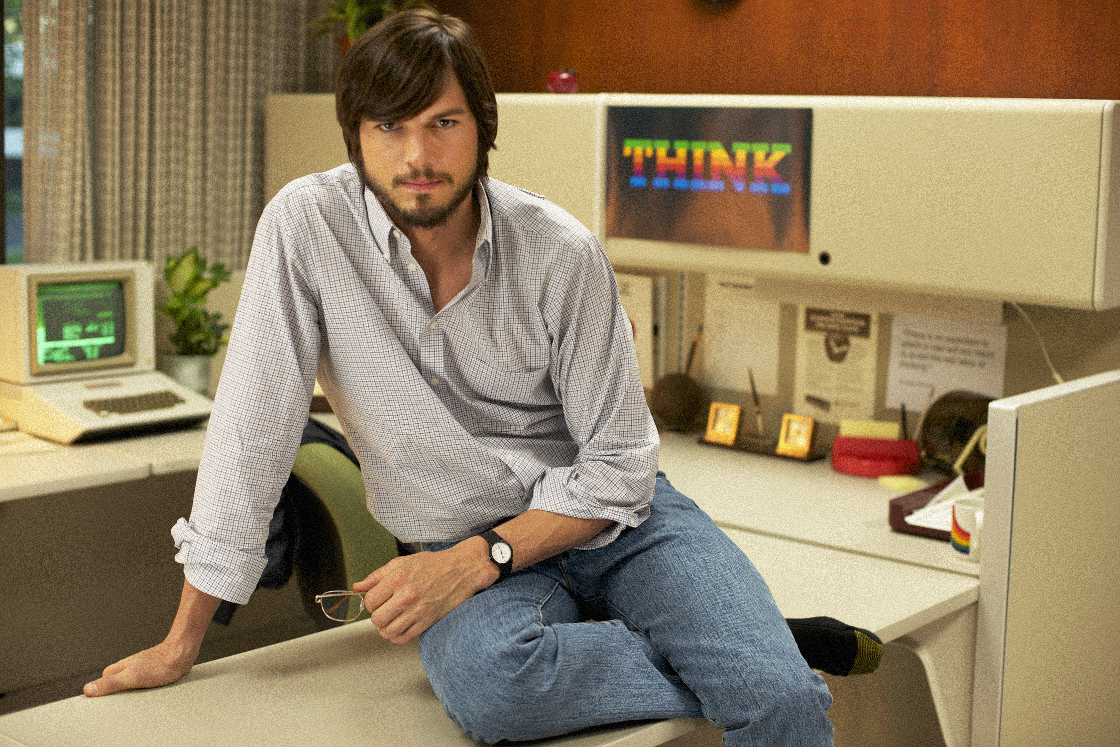Jobs-Official Poster First Promo Photo-04Dezembro2012