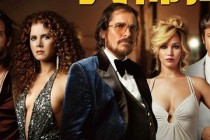 Christian Bale e Amy Adams no CLIPE (cena) inédito do drama TRAPAÇA!