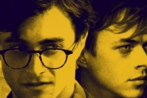 Daniel Radcliffe e Dane DeHaan estampam pôster inédito de KILL YOUR DARLINGS, filme sobre movimento 'beat'