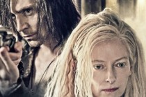 Tilda Swinton e Tom Hiddleston estampam PÔSTER internacional para romance dramático ONLY LOVERS LEFT ALIVE