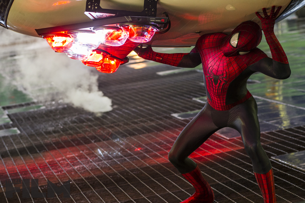 THE-AMAZING-SPIDER-MAN-2-Official-Poster-Banner-PROMO-PHOTOS-17JANEIRO2014-05