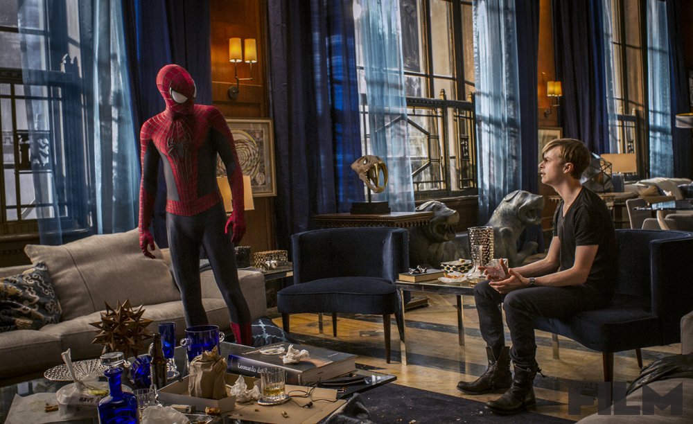 THE-AMAZING-SPIDER-MAN-2-Official-Poster-Banner-PROMO-PHOTOS-17JANEIRO2014-06
