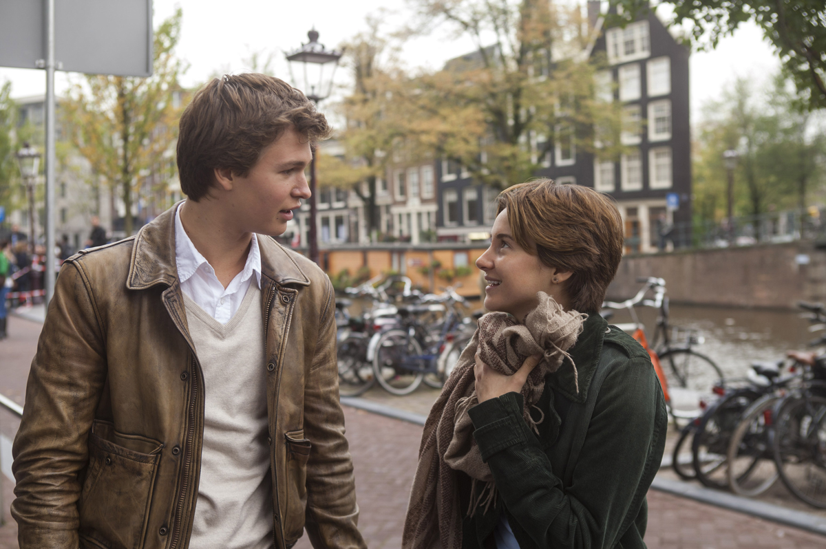 THE-FAULT-IN-OUR-STARS-Official-Poster-Banner-PROMO-PHOTOS-29JANEIRO2014-02