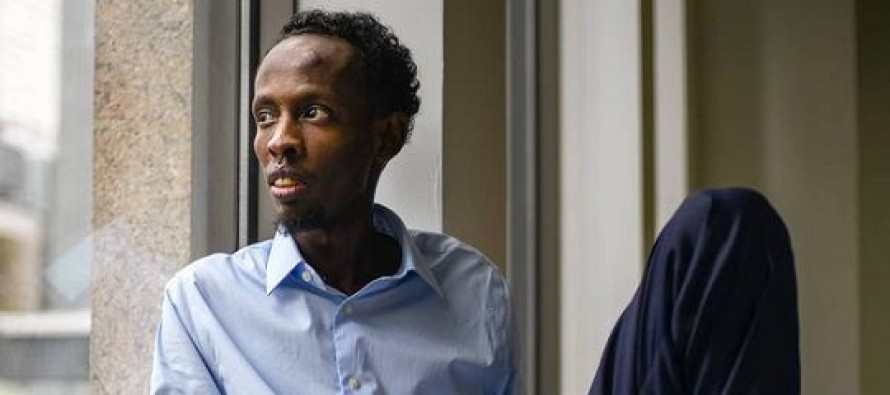 Ator de 'Captain Phillips', Barkhad Abdi, próximo de estrelar drama sobre Apartheid THE PLACE THAT HITS THE SUN