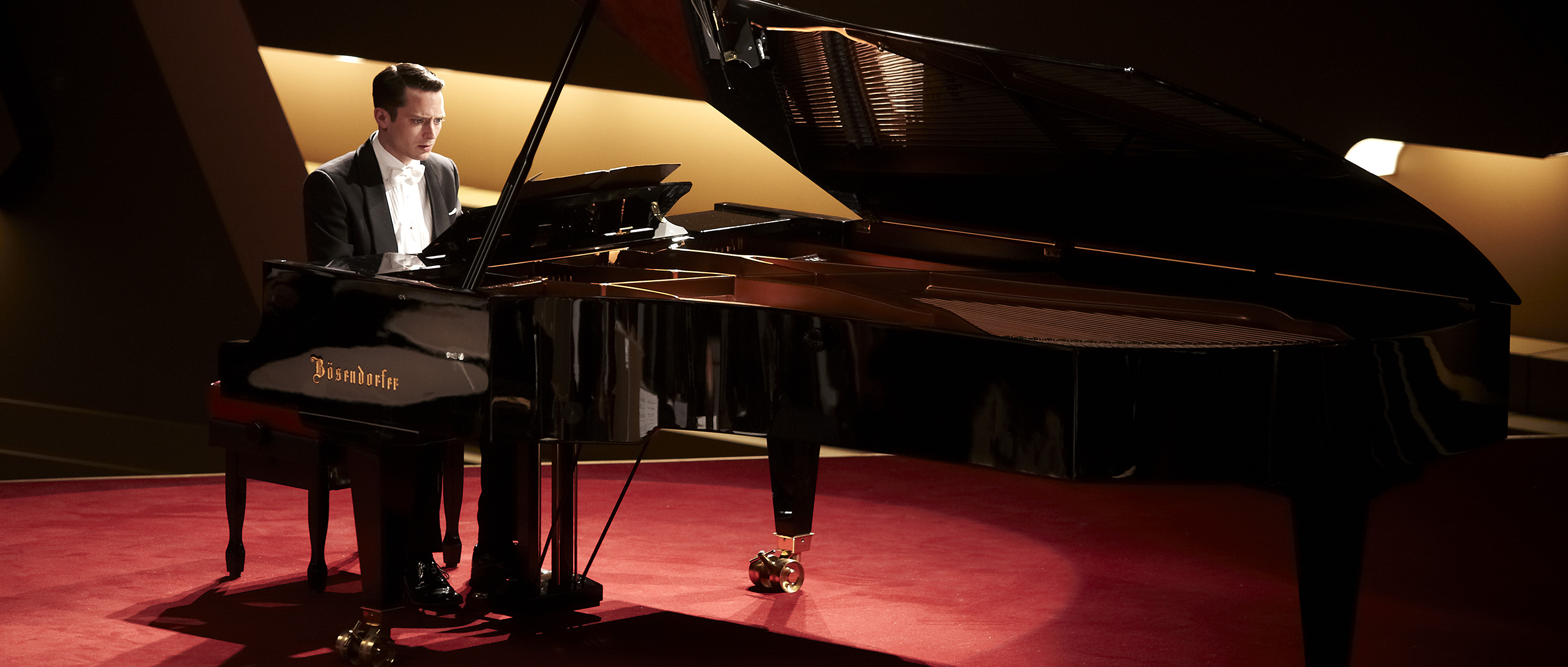 Grand Piano-Official Poster Banner PHOTOS-19MARCO2014-01