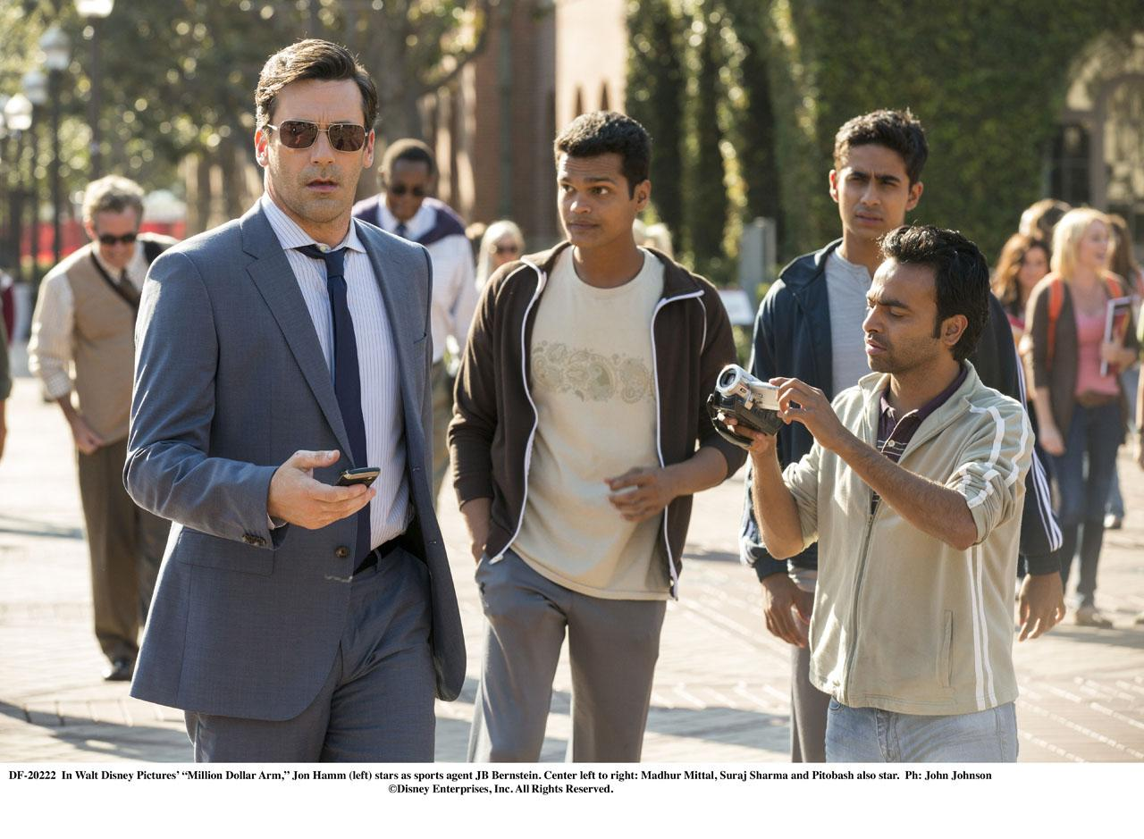 MILLION DOLLAR ARM-Official Poster Banner PROMO PHOTOS-14ABRIL2014-02
