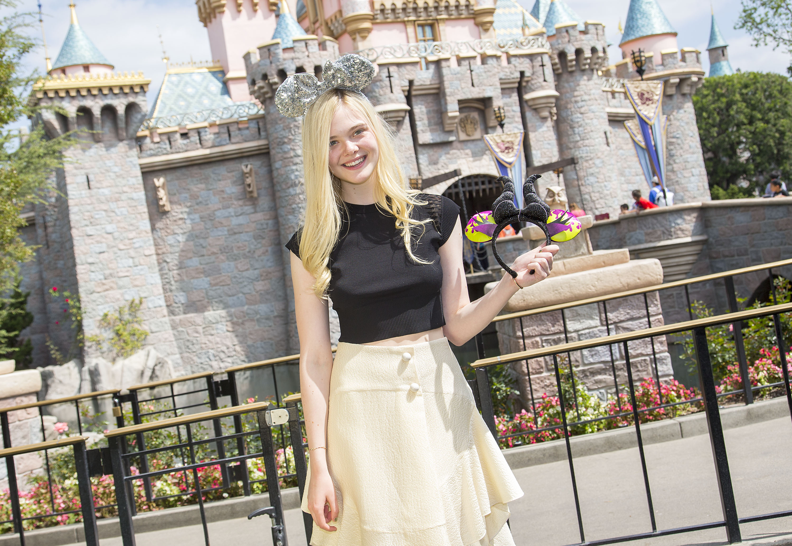 Maleficent-Elle Fanning-PROMO PHOTO-17ABRIL2014-01