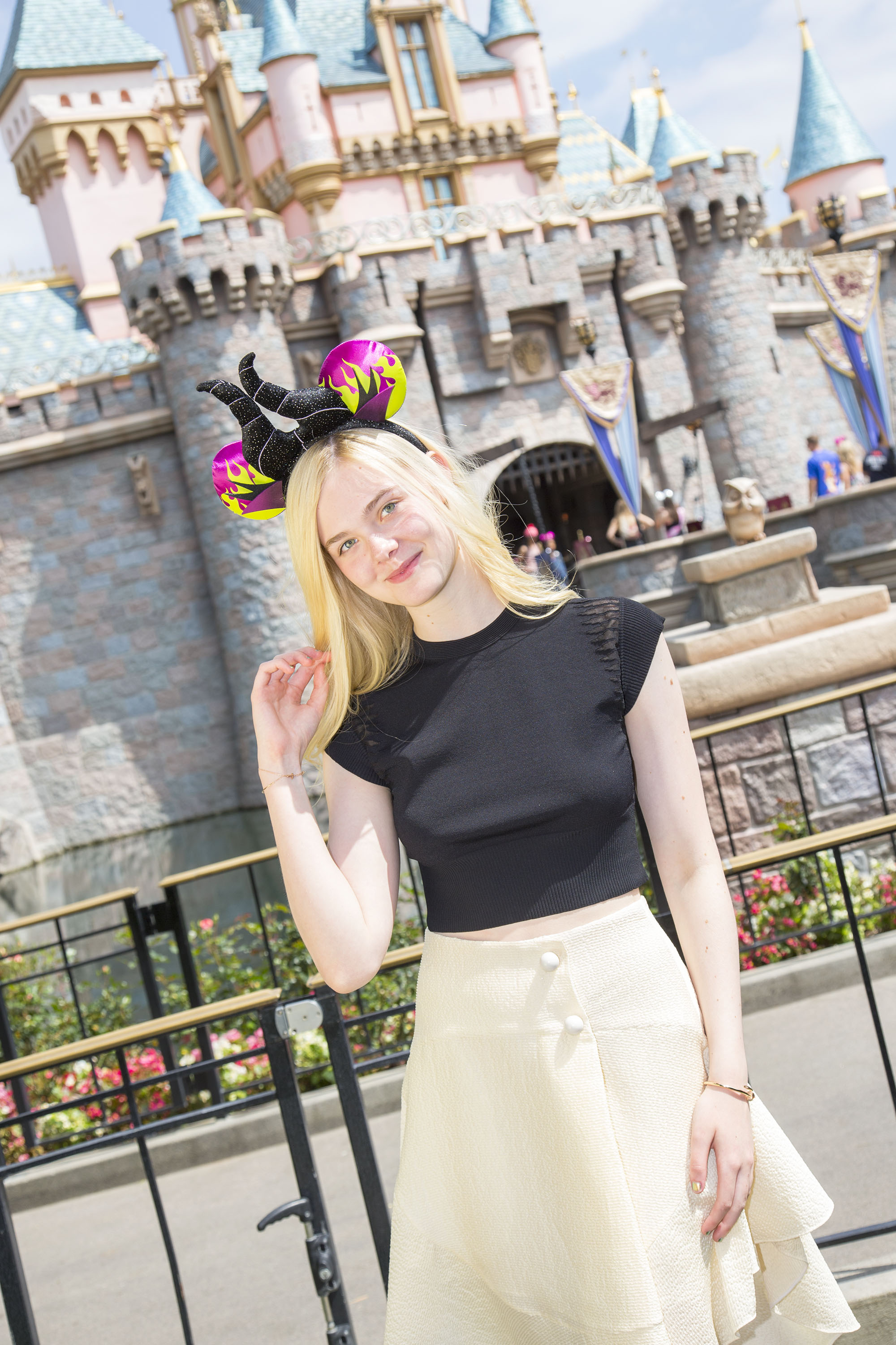 Maleficent-Elle Fanning-PROMO PHOTO-17ABRIL2014-03