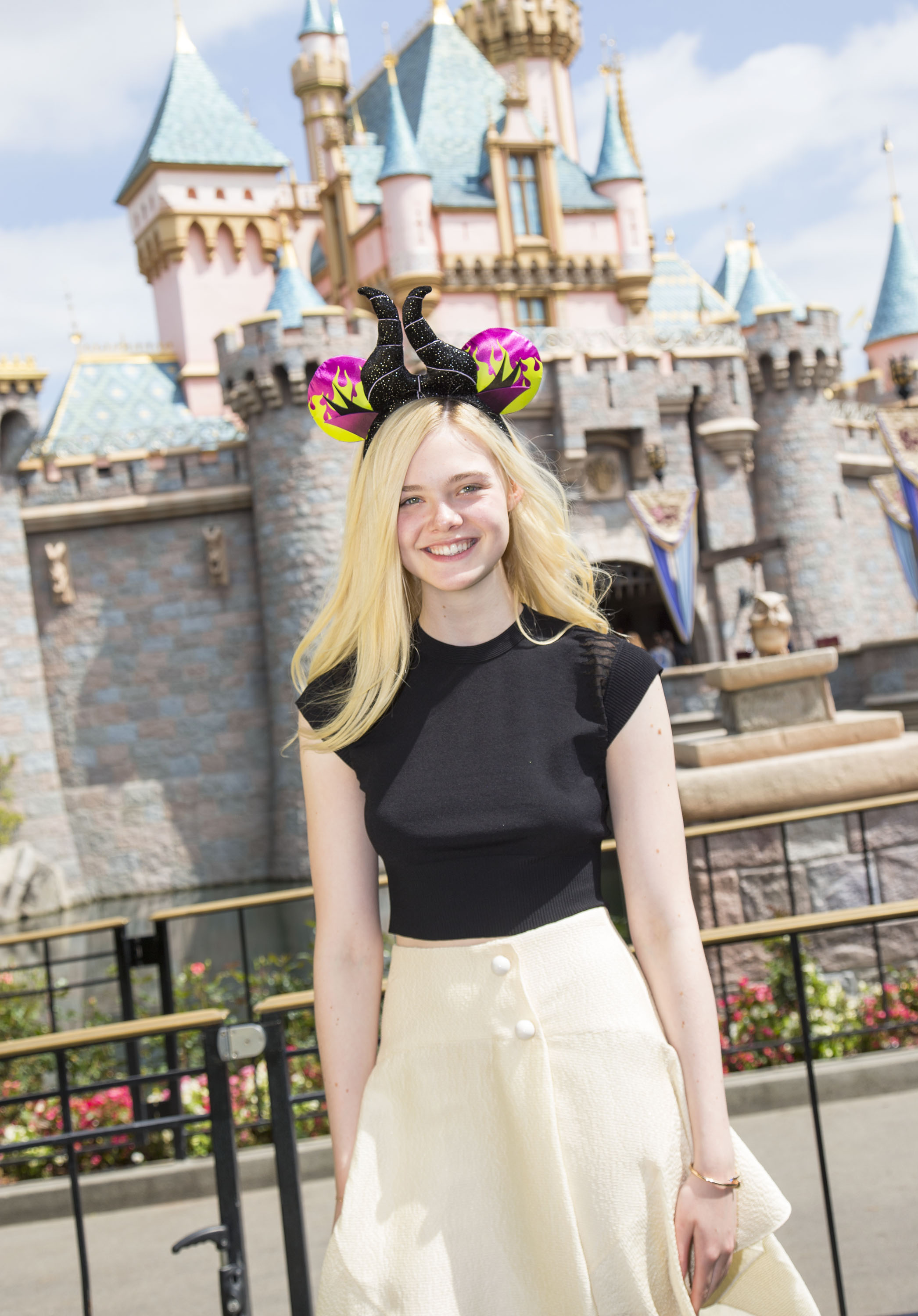 Maleficent-Elle Fanning-PROMO PHOTO-17ABRIL2014-04
