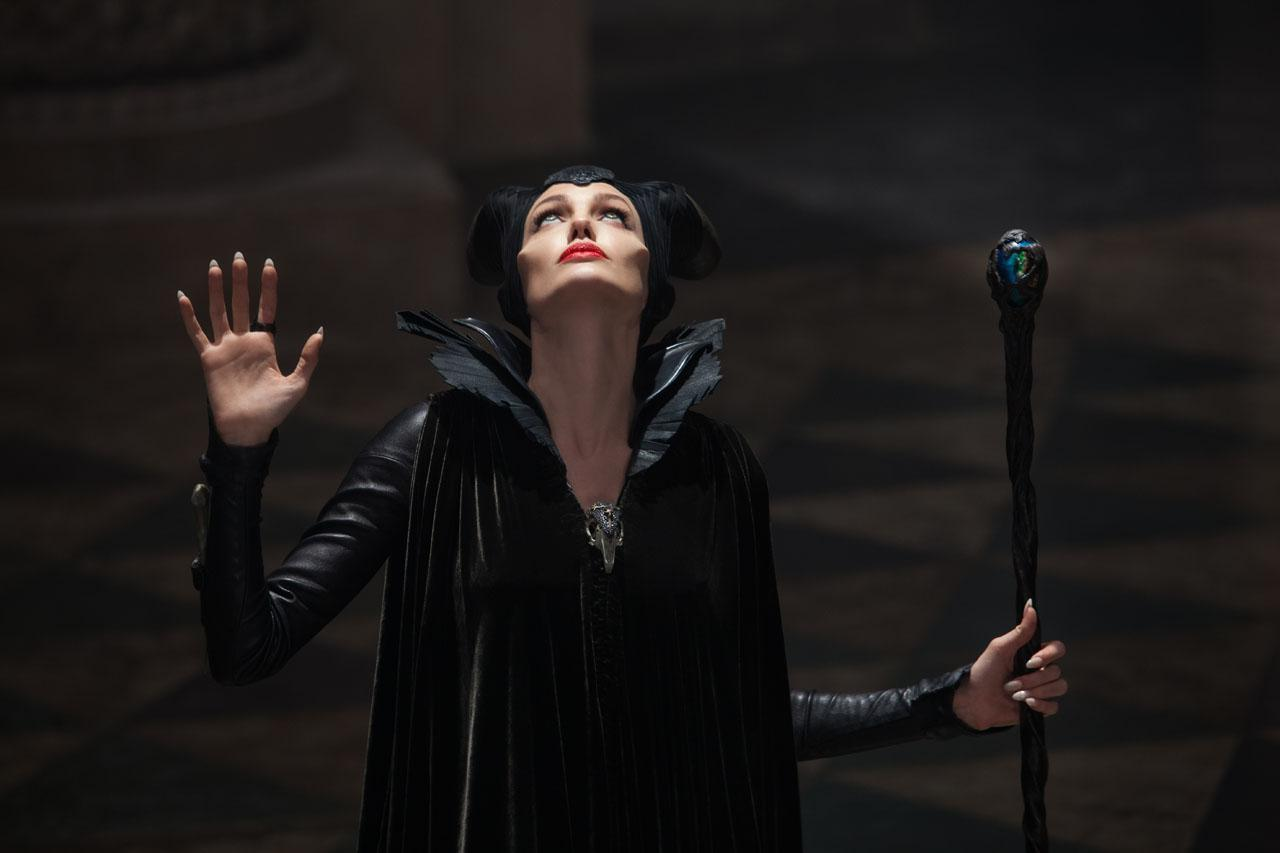 Maleficent-Official Poster Banner PROMO PHOTOS-14ABRIL2014-01