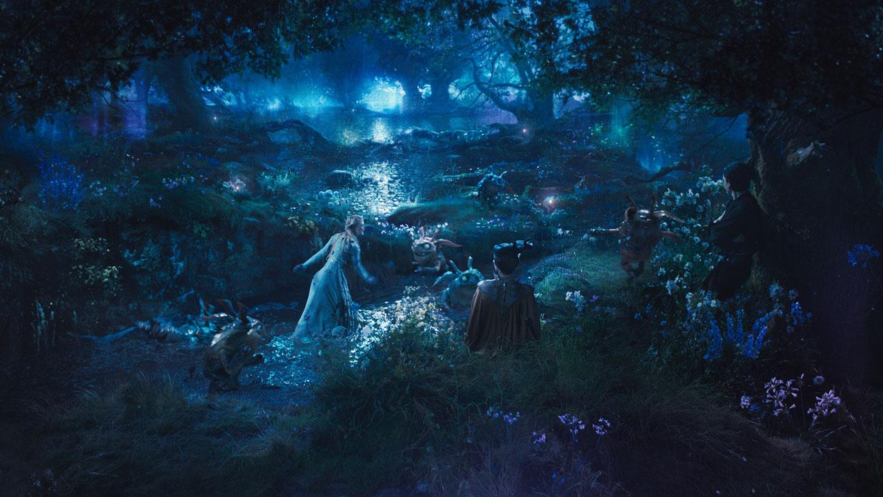 Maleficent-Official Poster Banner PROMO PHOTOS-14ABRIL2014-14