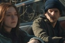 NIGHT MOVES, thiller com Dakota Fanning e Jesse Eisenberg ganha 4 CLIPES inéditos