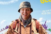 Simon Pegg estampa PÔSTER internacional do drama HECTOR AND THE SEARCH FOR HAPPINESS