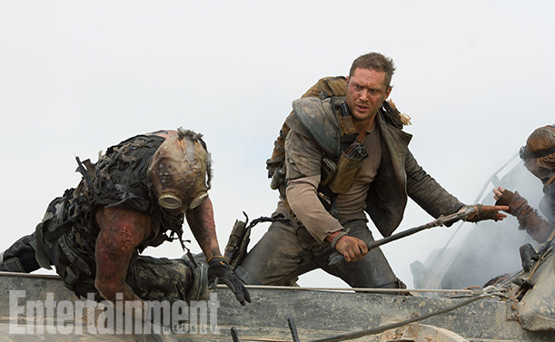 Mad Max Fury Road-Official Poster Banner PROMO EW-26JUNHO2014-03