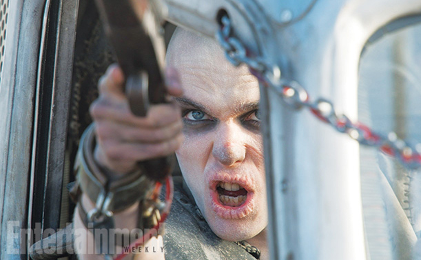 Mad Max Fury Road-Official Poster Banner PROMO EW-26JUNHO2014-06