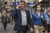 THE NOVEMBER MAN com Pierce Brosnan e Olga Kurylenko ganha CLIPES e VÍDEO FEATURETTE!