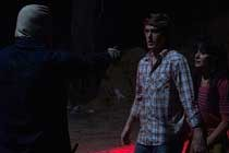THE TOWN THAT DREADED SUNDOWN, remake com Addison Timlin ganha TRAILER e PÔSTER