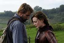 Assista ao novo TRAILER de FAR FROM THE MADDING, dirigido por Thomas Vinterberg