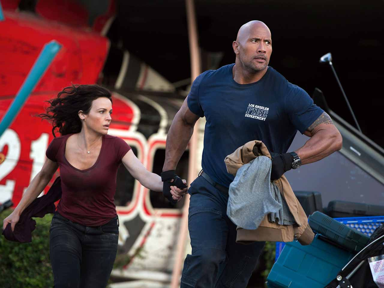 San Andreas-Official Poster Banner PHOTO-10DEZEMBRO2014-01
