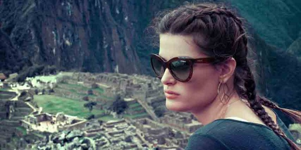 Vogue Eyewear-The Mystic Collection-Isabelli Fontana-00