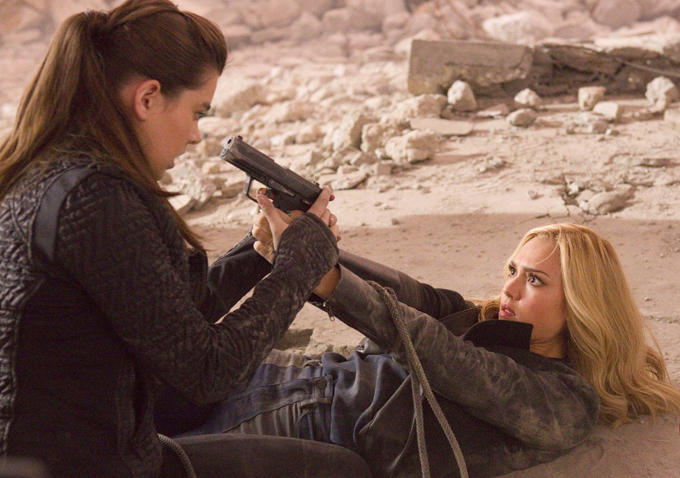Barely Lethal-Photo-24Abril2015-08