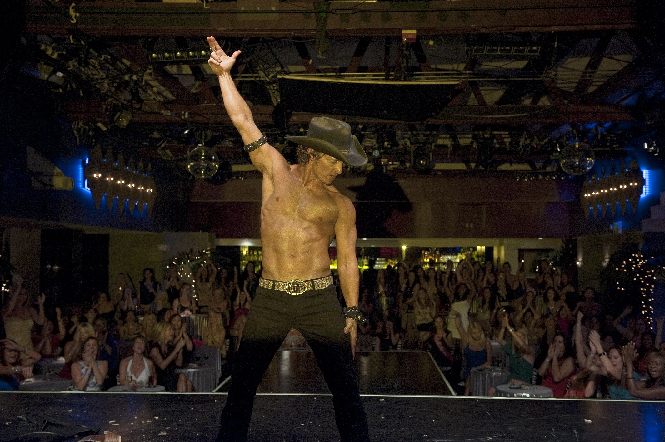 Cine-FOX-Magic-Mike-03