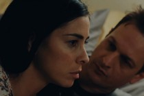 Sarah Silverman busca redenção no TRAILER do drama I SMILE BACK