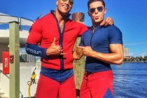 Começam as filmagens de BAYWATCH, com Dwayne Johnson e Zac Efron