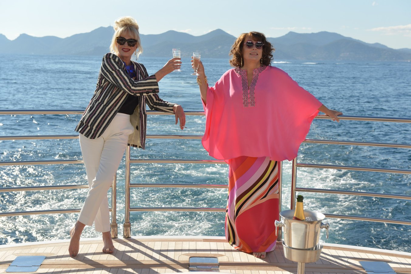 Absolutely Fabulous The Movie-27Abril2016 (1)