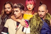 "DNCE, banda de Joe Jonas, lança o single ""Cake By The Ocean"" e entra no Top 10 da Billboard Hot 100"