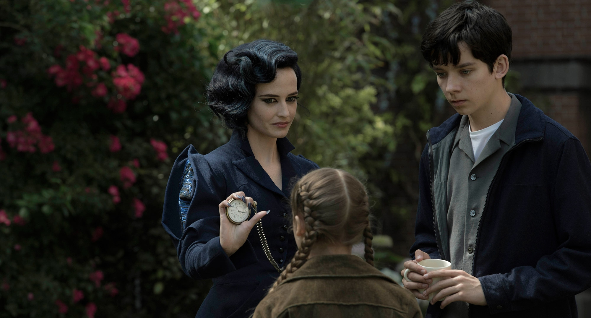Miss Peregrines Home For Peculiar Children-21Junho2016-1