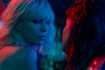 Charlize Theron vive agente do MI6 no trailer de Atomic Blonde