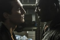 Idris Elba vs Matthew McConaughey no trailer de 'A Torre Negra', filme baseado em best-seller de Stephen King