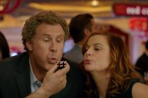 Will Ferrell e Amy Poehler apostam grande em novo trailer de 'The House'