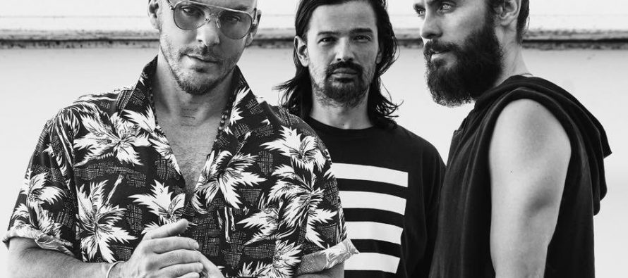"THIRTY SECONDS TO MARS: Após 4 anos sem inédita, banda retorna hoje com single ""Walk On Water"""