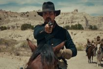 Christian Bale lidera exército no trailer do faroeste 'Hostiles'